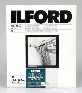 ILFORD MG IV Deluxe 13x18/25 44M (perła)