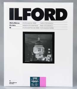 ILFORD MG IV Deluxe 30x40/10 1M (błysk)